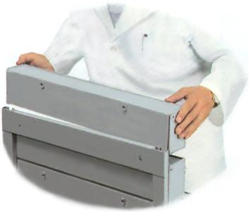Montaż zestawu pojemników uchylnych w ramie regału